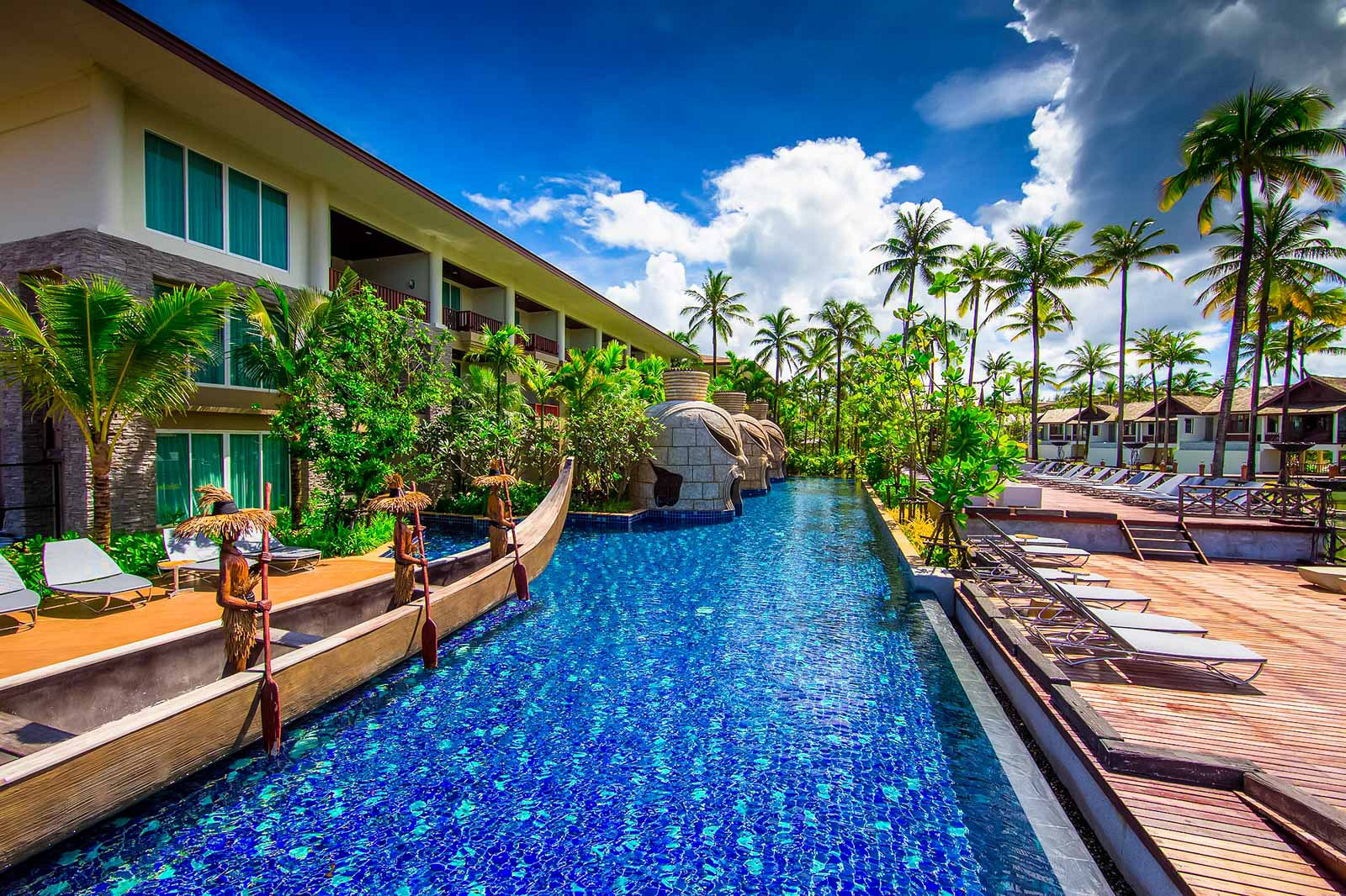 Graceland Khaolak Beach Resort